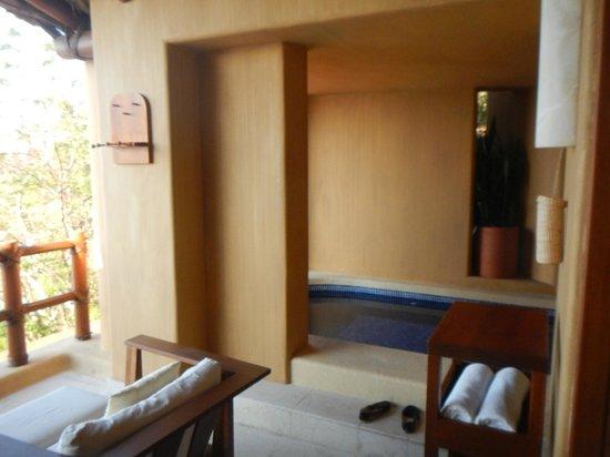 Capella Ixtapa: plunge pool