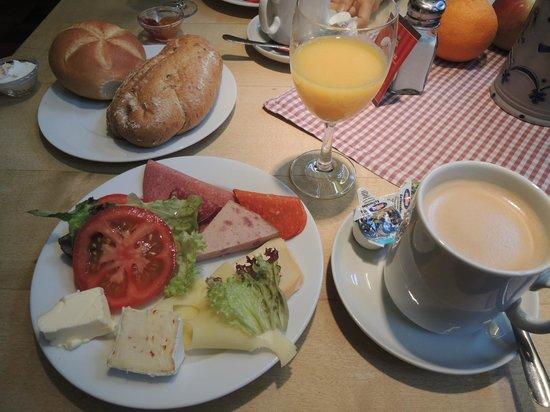 Gasthaus Pillhofer : 朝食、大満足です