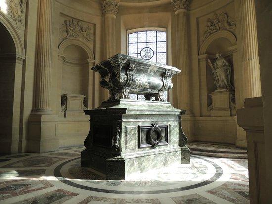 Museo de la Armada: Josephine's tomb