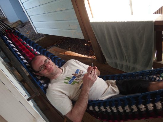 Mariposa Lodge: hammock in front of room #7