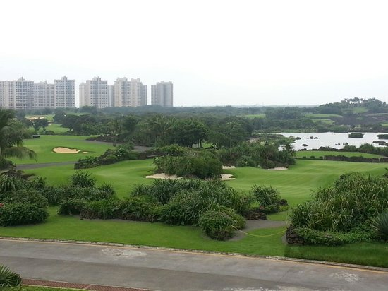 Mission Hills Resort Haikou: View of golf course from Clubhouse