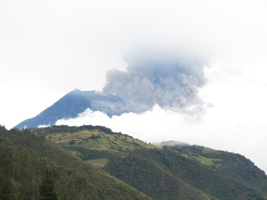 Tungurahua: Near the beginning of the Eruption