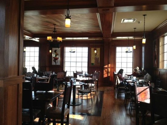 Upstairs Bistro: Dining Room