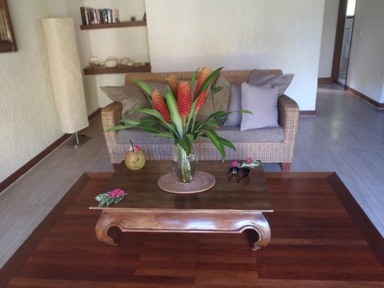 Paradise Cove Resort: Inside our spacious bungalow