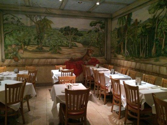 Ipanema Restaurant: Salão interno