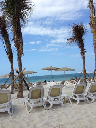 Hotel Riu Palace Peninsula: Beach View