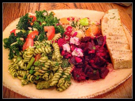 Urban Plates: Custom Veggie Plate