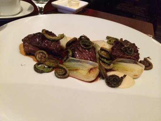 Colicchio & Sons Tap Room: braised beef short ribs with spring onions and English peas