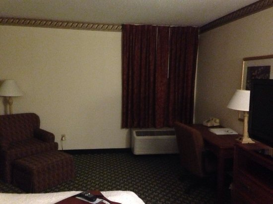 Hampton Inn Horse Cave: King size bedroom