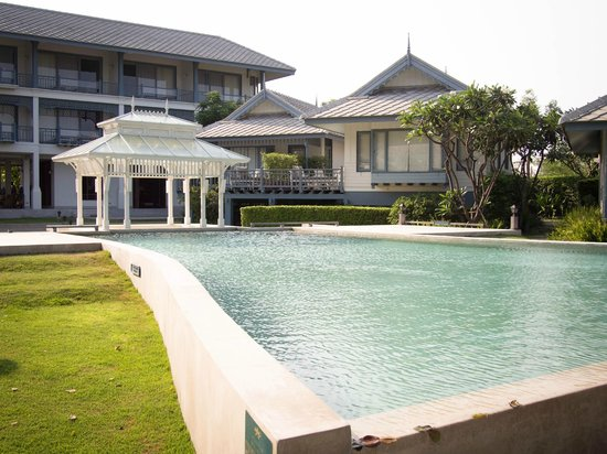 Devasom Hua Hin Resort: Pool with the main building in the background