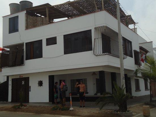 Punta Hermosa Surf Hostel: surf club