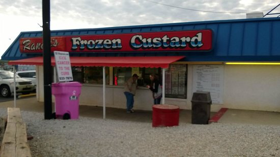 Randy's Frozen Custard : Randy's-Can't visit the lake without it!