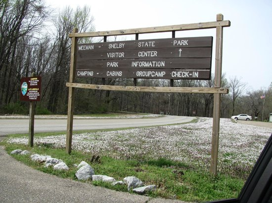 Meeman-Shelby Forest State Park: park signage near visitor center