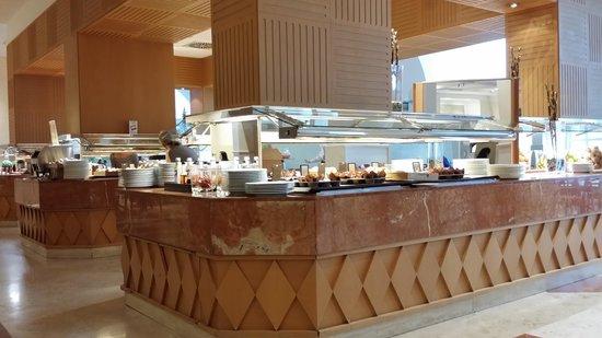 Hilton Rome Airport Hotel: Breakfast Area