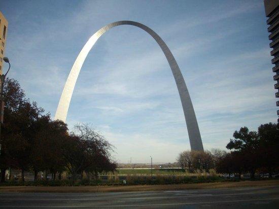 Gateway Arch: The Arch