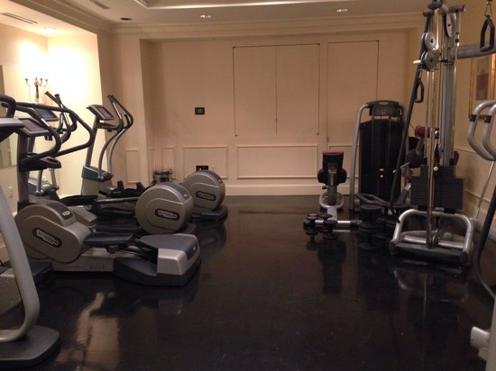 The St. Regis Washington, D.C.: Small gym and the complimentary fitness center Mint from across the street doesn't cut it. Dirty