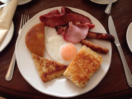 Valley View Country House B & B: Breakfast! :)