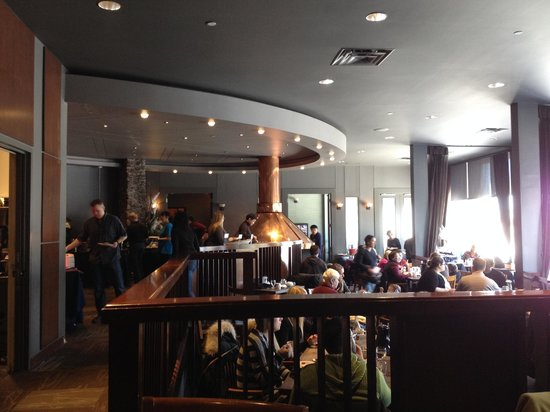 Explorer Hotel : Very popular Sunday Brunch