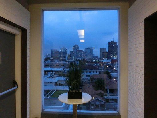Morrissey Hotel Residences: エレベータホールからの眺め