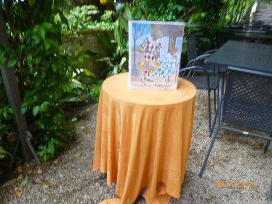 Castello di Montegufoni : DINING MENU