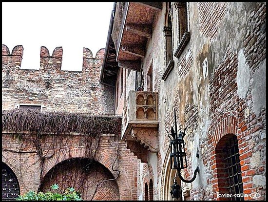 Casa di Giulietta: El famoso balcón..