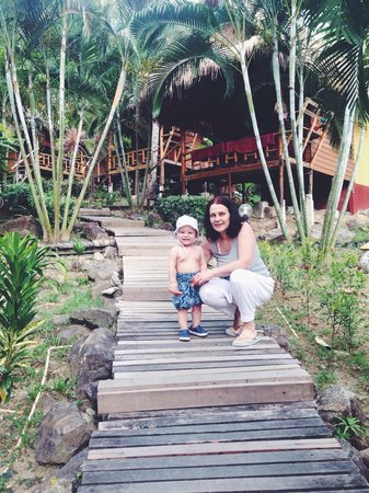Little Eden Bungalows & Restaurant : The best ever bungalows at lonely beach, koh Chang