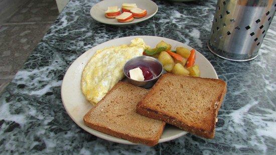 Kathmandu Home Hotel: Breakfast