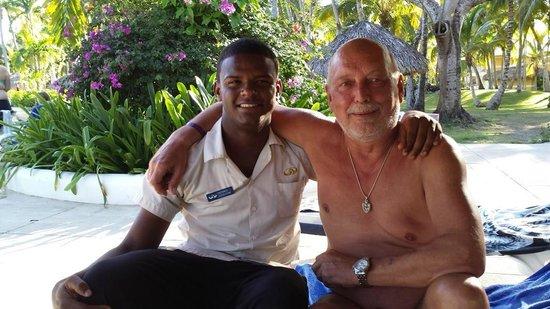 Grand Palladium Bávaro Suites Resort & Spa: Mein Freund Hermes, Bester im Service am Pool.