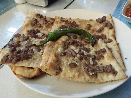 Ürgüp Pide and Kebap Salonu: Pizza meat