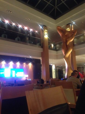 Hilton Vienna: A Sculpture at the lobby