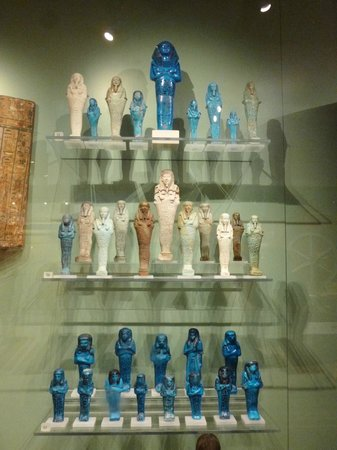 Ashmolean Museum of Art and Archaeology: Egyptian tomb figures