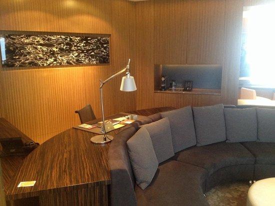 Hotel ICON: Icon hotel suite facilities