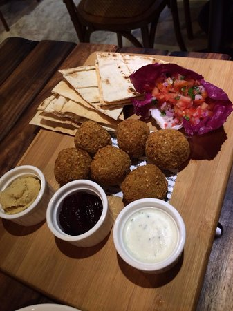 Social & Co: Their falafel platter