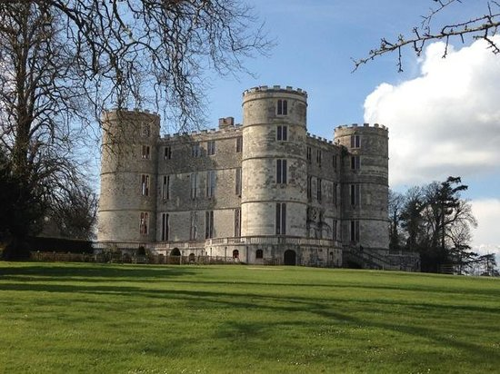 Bindon Bottom B&B: Lulworth Castle