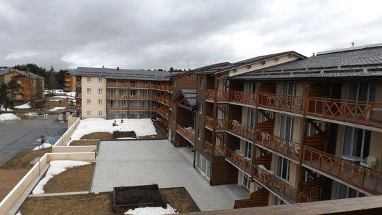 Appart'Vacances Pyrenees 2000 : vue du balcon