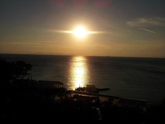 Athena, Divani Apollon Palace & Thalasso, Sonnenuntergang über dem Saronischen Golf