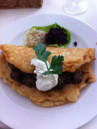 Lavenda Restaurant: Potato pancake stuffed with beef goulash