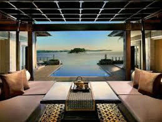 Banyan Tree Bintan: Dining area with view to pool
