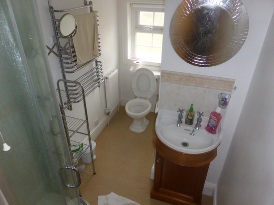 The Spinney Bed & Breakfast: Bathroom