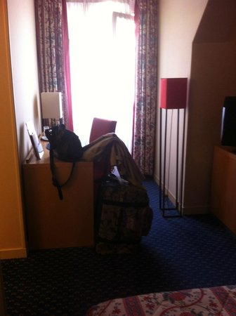 Maison Rouge Hotel : chambre