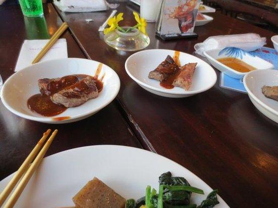 Aso Villa Park Hotel & Spa Resort : オージービーフのステーキ