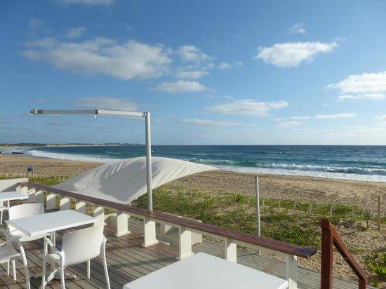 Hotel Tofo Mar: Esplanada