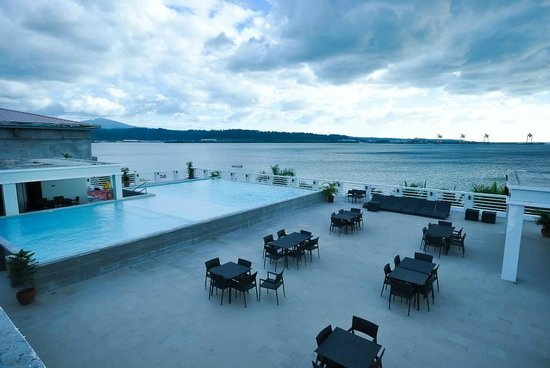 Terrace Hotel Subic Bay
