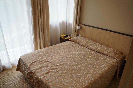 Hotel Les Esclargies: Chambre standard