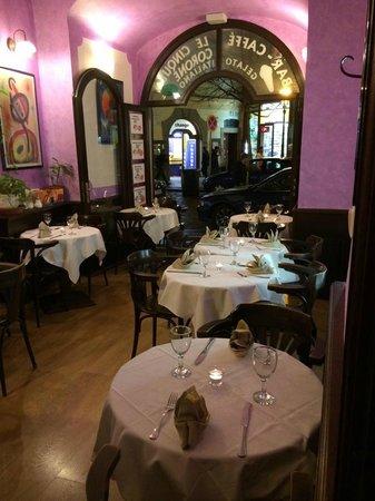 Le Cinque Corone: sala piccola ristorante