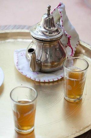 Le Riad Berbère : Thé à la menthe à l'arrivée