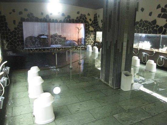Yoshidaya: 男性の大浴場