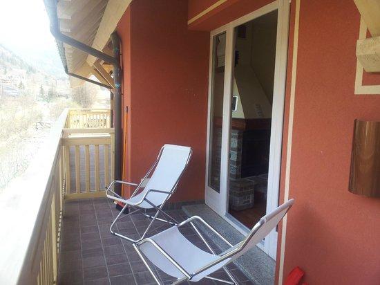 Residence Club Ponte Di Legno: balcone della camera