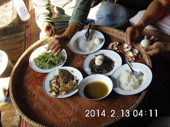 Villa Anneloi : breakfast in the mountains
