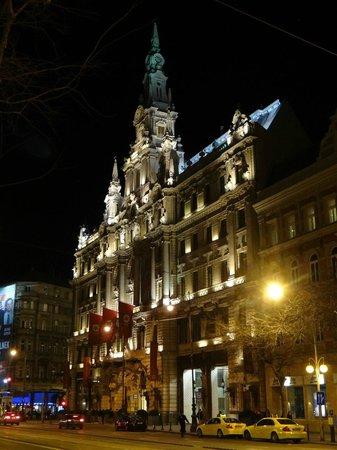 Boscolo Budapest, Autograph Collection : Vue de nuit